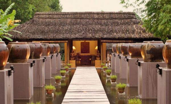 Hue: Pilgrimage Village Resort