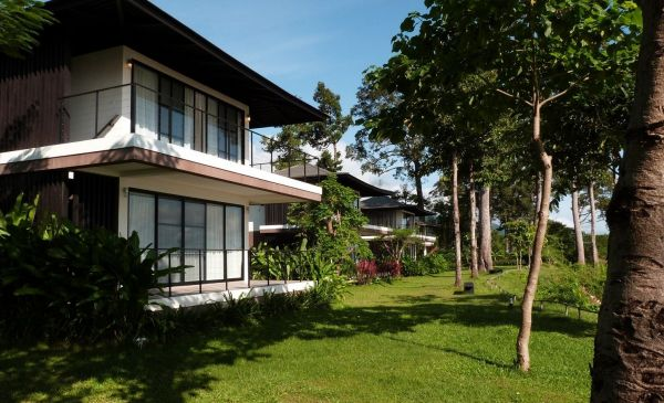 Champassak: The River Resort